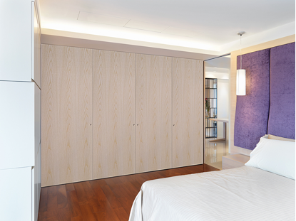 Image Bedroom featuring Vicaima Pastel Cream stained Ash wardrobe doors & Experience a new look in veneers with Vicaima Stained Doors - The ...