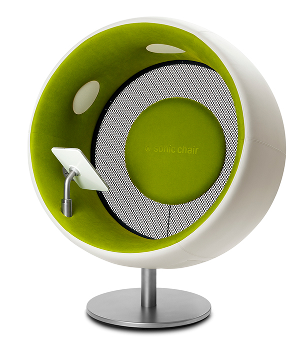 Sonic Chair Sit Inside Sound The Art Of Design Magazine - Sonic-chair-modern-relaxing-chair-with-20-inch-imac